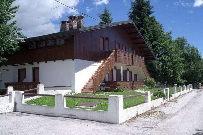 Villa vescovi canove immobiliare for Immobiliare roana