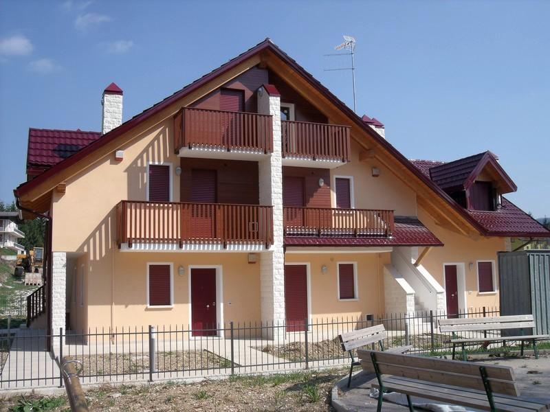 00107 canove a01 canove immobiliare for Immobiliare roana