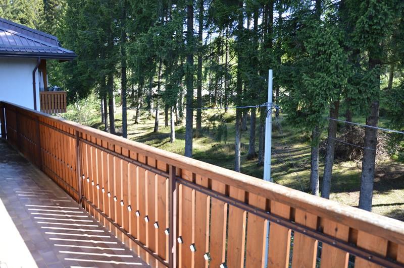 Condominio laghetto canove immobiliare for Immobiliare roana